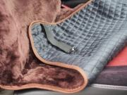 Накидка из натуральной овечьей шерсти «CLASSIC» - коричневый (короткий мех)